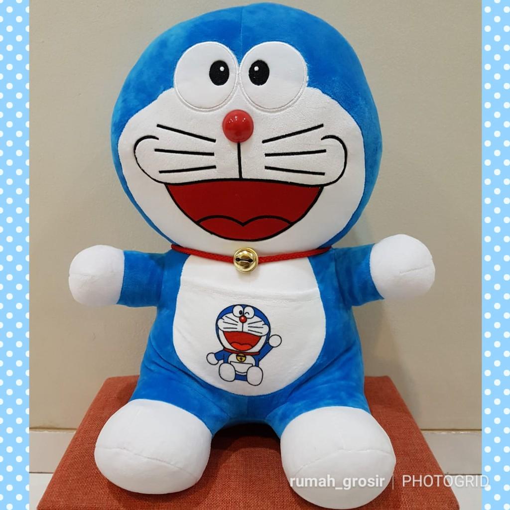 Boneka Doraemon Ukuran Besar  75e22c8da2