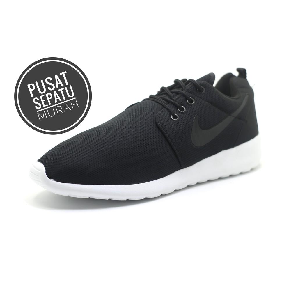 Harga Promo!!! Sepatu Nike Roshe Run Hitam Putih Cowok - sepatu original  62cdf5d962