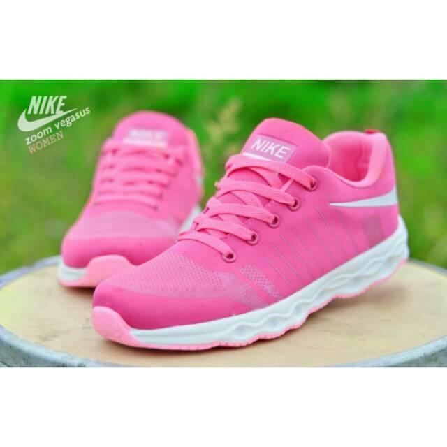 Sepatu Sport Wanita Nike Zoom Vegasus e11fb9e67c