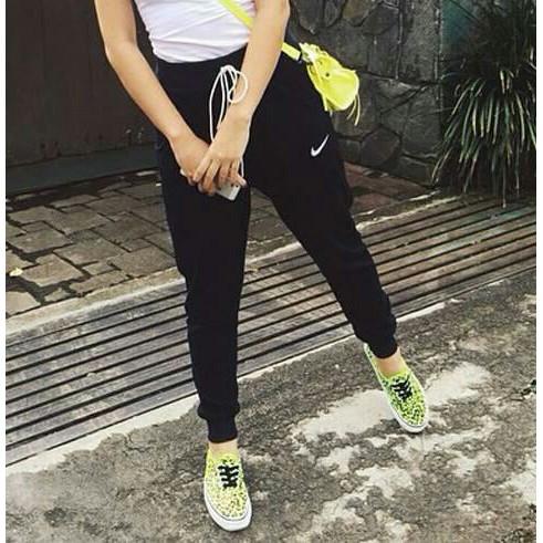 Celana Panjang Jogger Training wanita dewasa Polos - Felice | Shopee Indonesia