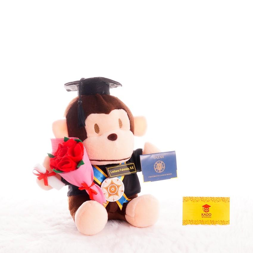 Piala Boneka Wisuda Pooh bisa Request Nama dan Logo Kado Wisudaku ... 5d1bf15326