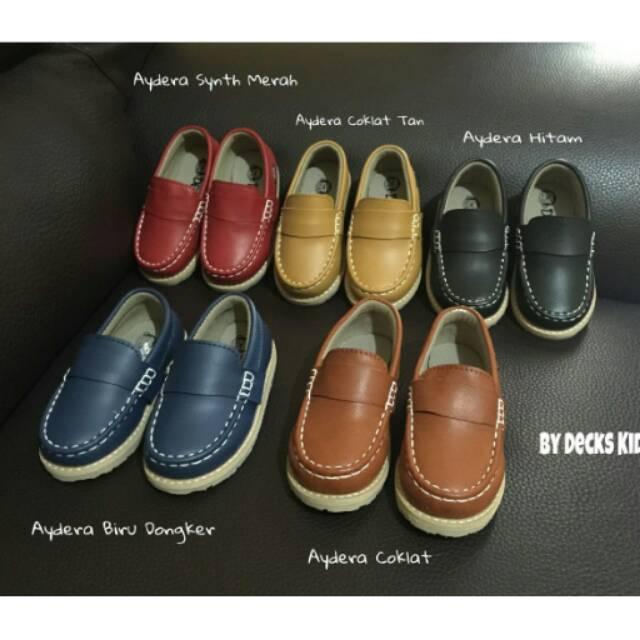 TERBAIK!! Sepatu yeezy anak sepatu adidas    ed18fee4ed