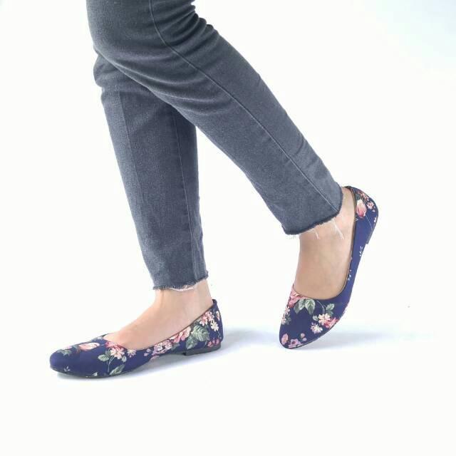 BORNEO SEPATU TALI FLATSHOES STRAP SHOES JA03 (4 Warna) | Shopee Indonesia