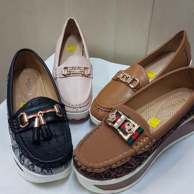 Sepatu Wedges Wanita Patrizio  984b1658a8