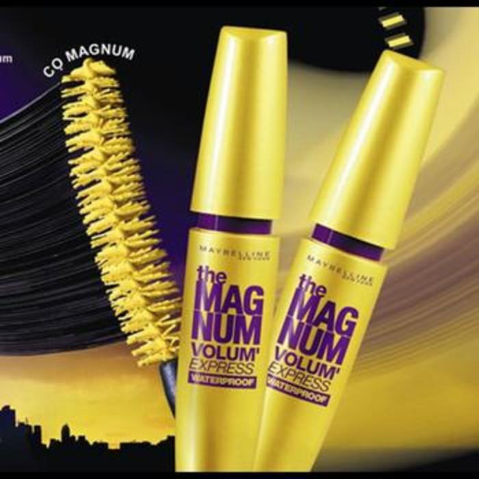 MAYBELLINE The Magnum Volum Express Waterproof Mascara | Shopee Indonesia