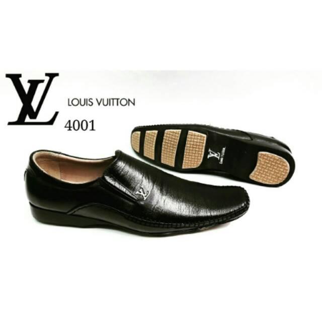 LOUIS VUITTON PANTOFEL 4001  72e09f7bde