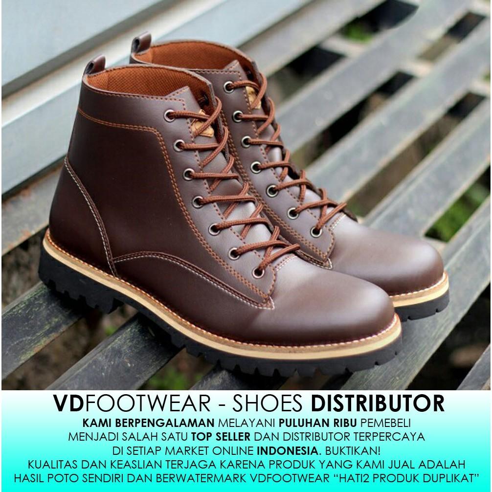 Sepatu Boots Pria Klasik Low  7f8281c635