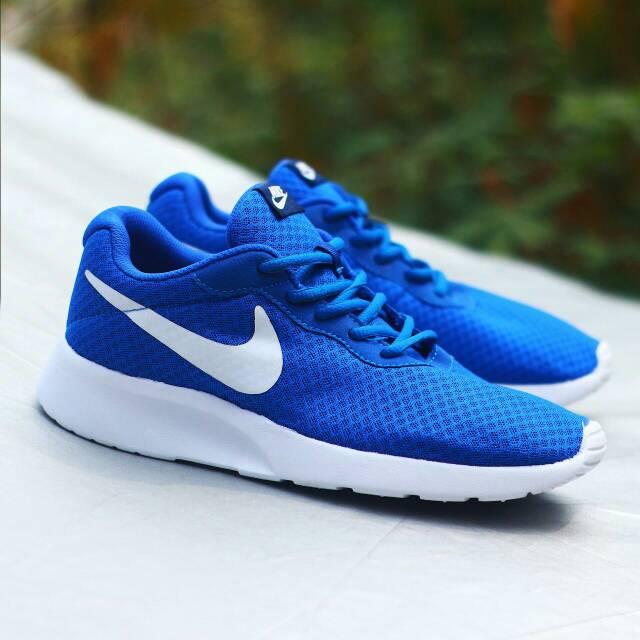 Nike tanjun blue white