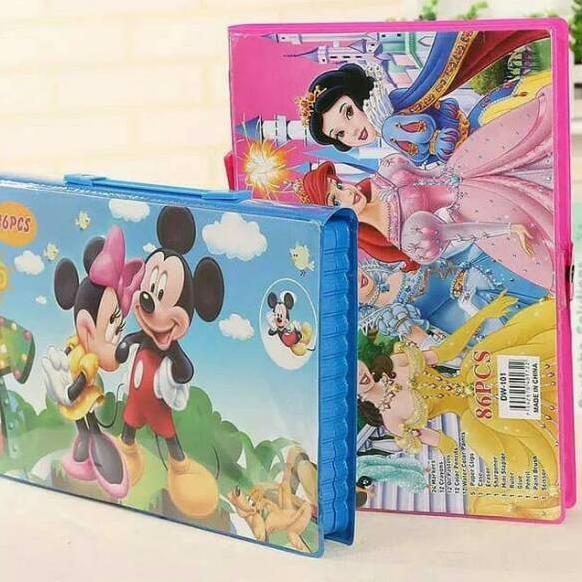 mickey mouse gambar kartun hitam putih untuk mewarnai