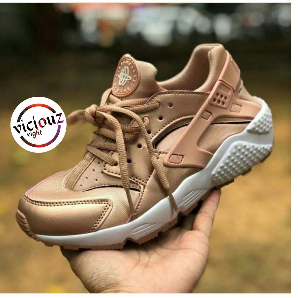 Sepatu Nike Huarache Rose Gold Wanita
