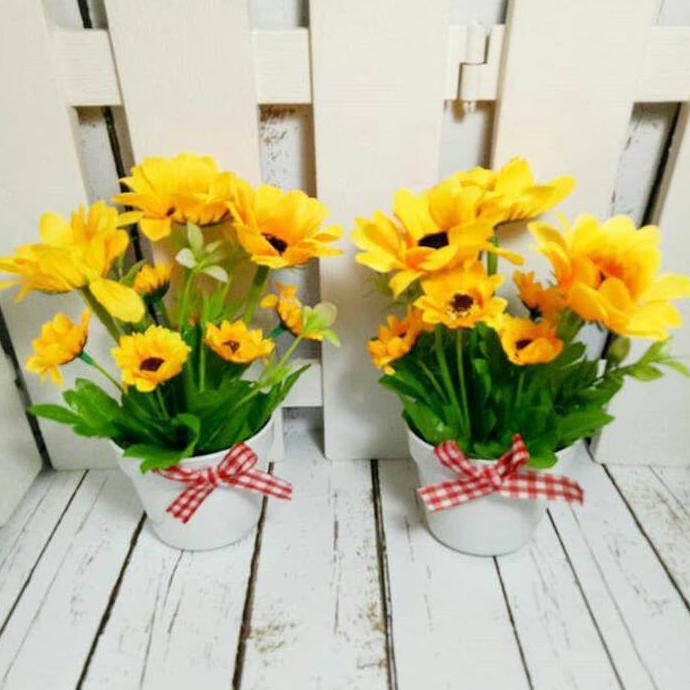 TERLARIS   Bunga Plastik Palsu 2 Macam  Mawar   Krisan dekorasi hias shabby  murah  64b0fe13ca