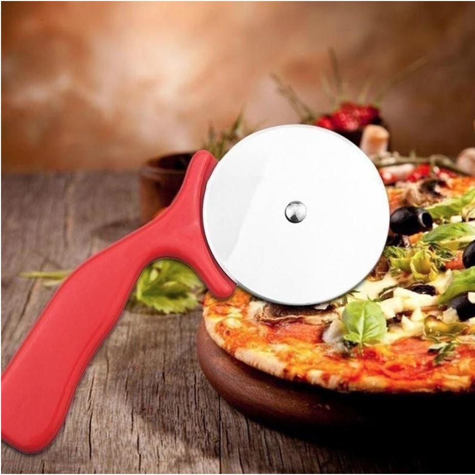 Pizza Cutter Pemotong Pizza Bentuk Bundar Bahan Stainless Steel Shopee Indonesia