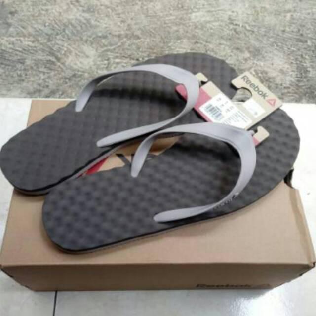 Original Sandal   Sendal Reebok High Wave Flip II Under Grey   Whisper Grey ebfbbefcdb