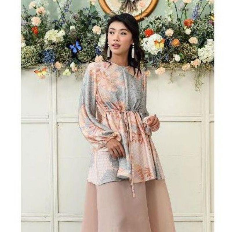 preloved claire blouse wearing klamby cotton candy size xs ori