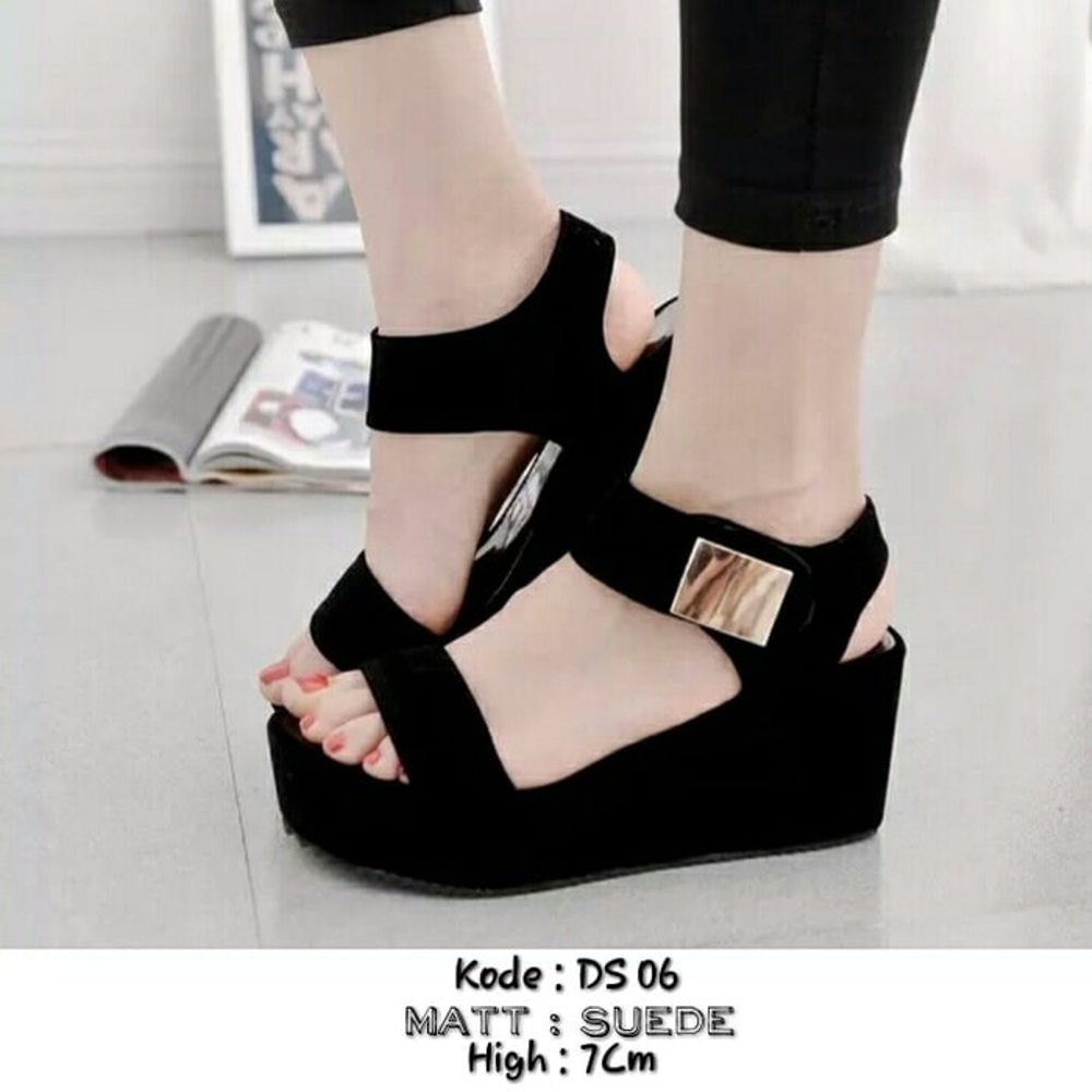 Wedges Terbaru Terlaris T138 Cream Daftar Harga Terbaik Terkini Sandal Mr91 Dapatkan Flip Sandals