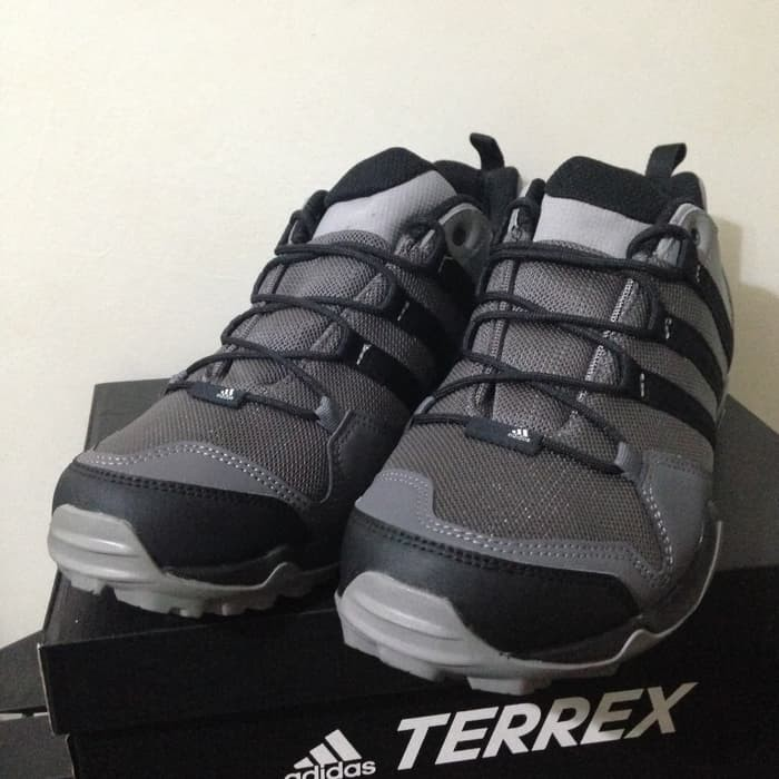 Sepatu Outdoor Adidas Terrex AX2R Grey Black BB1979 Original BNIB