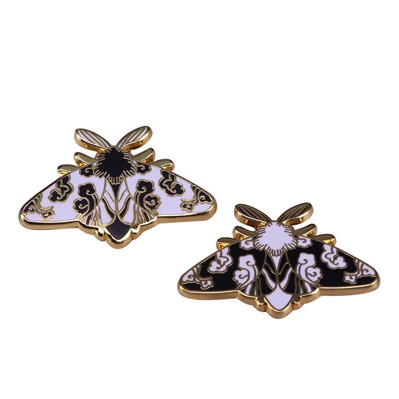 Bros Cantik Motif Bunga Kupu Kupu Serangga Warna Hitam Putih