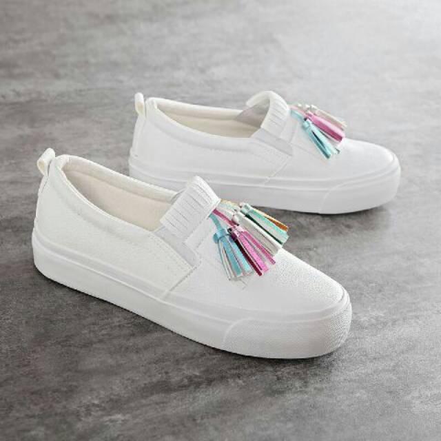 Sepatu Slip-On Flat Casual Model N   n n2018 untuk Wanita  3c2f808251