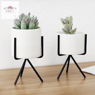 pot bunga keramik putih gaya nordic dengan frame besi