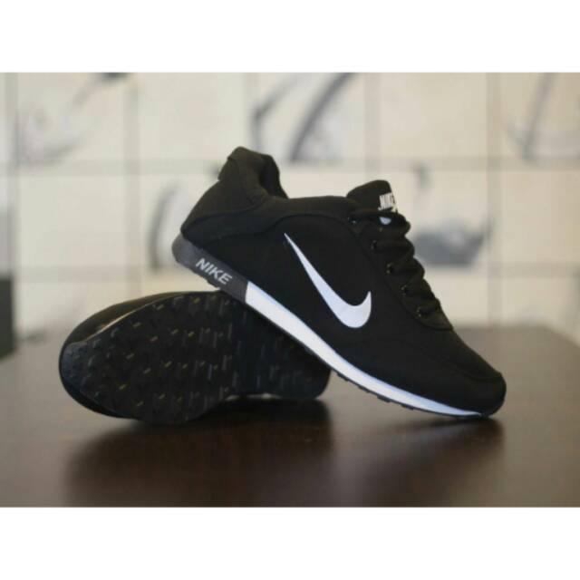 Sepatu Futsal Specs Baricada Grade Original Import Vietnam Murah Sport  Olahraga Pria Cowok Running  92e7f997c2