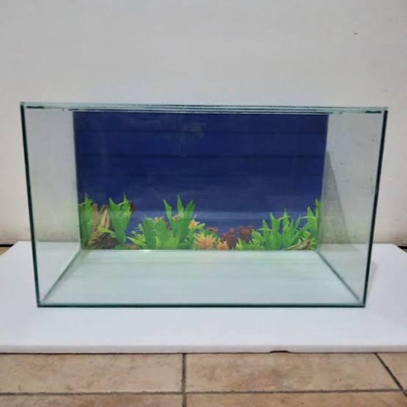 Aquarium ukuran 40x20x25