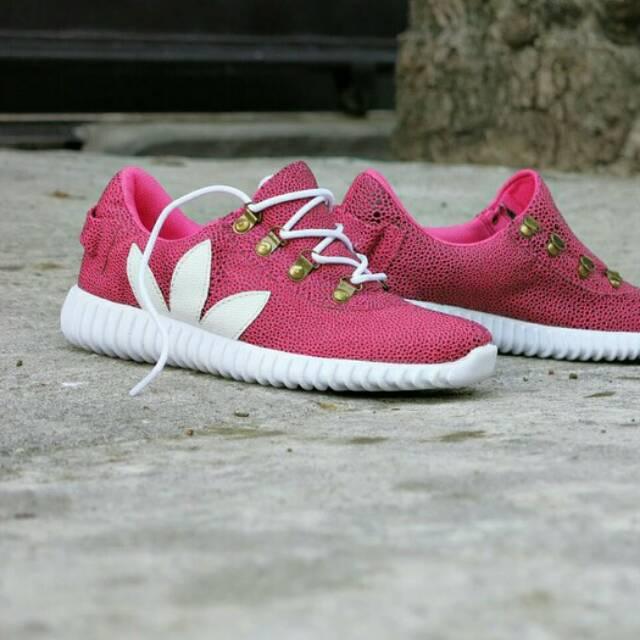 Sepatu Reebok Casual Voila Slop Slip On Santai Tanpa Tali - RS 01 ... 9fbbc4c611