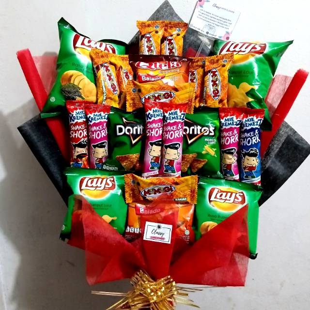 Snack Bouquet / Buket Bucket Snack Makanan Cemilan / Hadiah Kado Wisuda  Ulang Tahun Anniversary   Shopee Indonesia