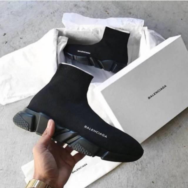 Sepatu Pria - Balenciaga Triple S Smoke Grey - PRM  52c23ef7fd