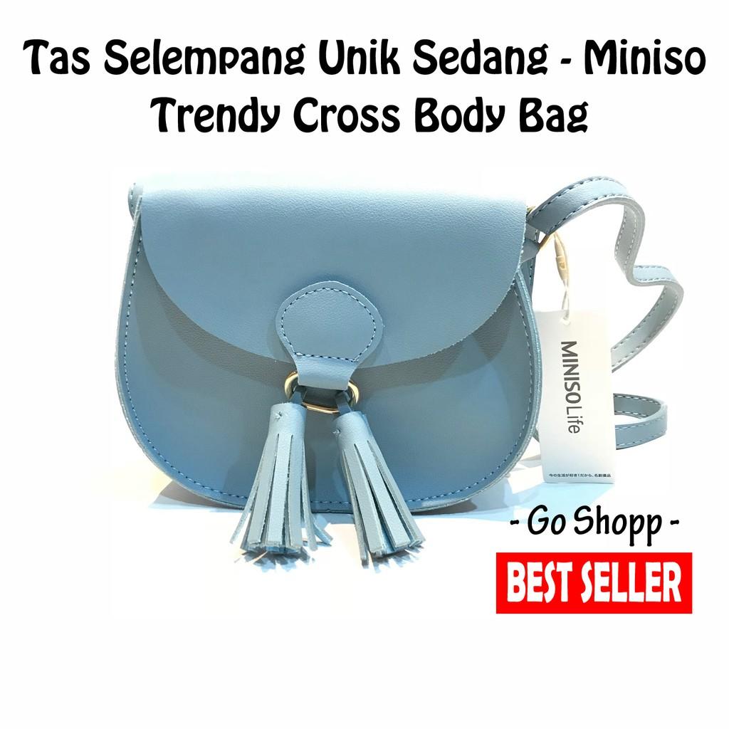Tas Wanita Miniso Selempang Trendy CrossBody Bag - Original Miniso ... 42b1afe4d3