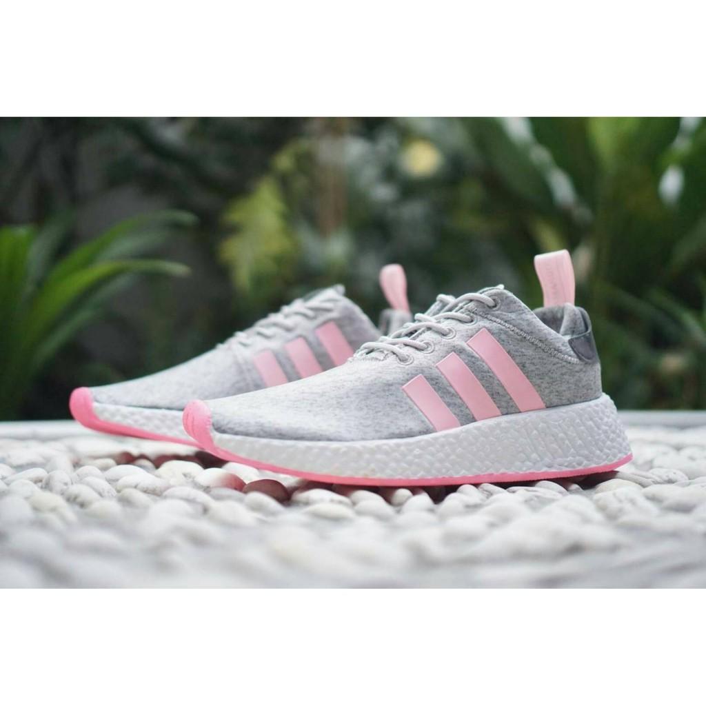 f7b7d0e29 Adidas NMD R2 Woman   Sepatu Sneakers   Kuliah   Sekolah   Cewe   Wanita    Murah