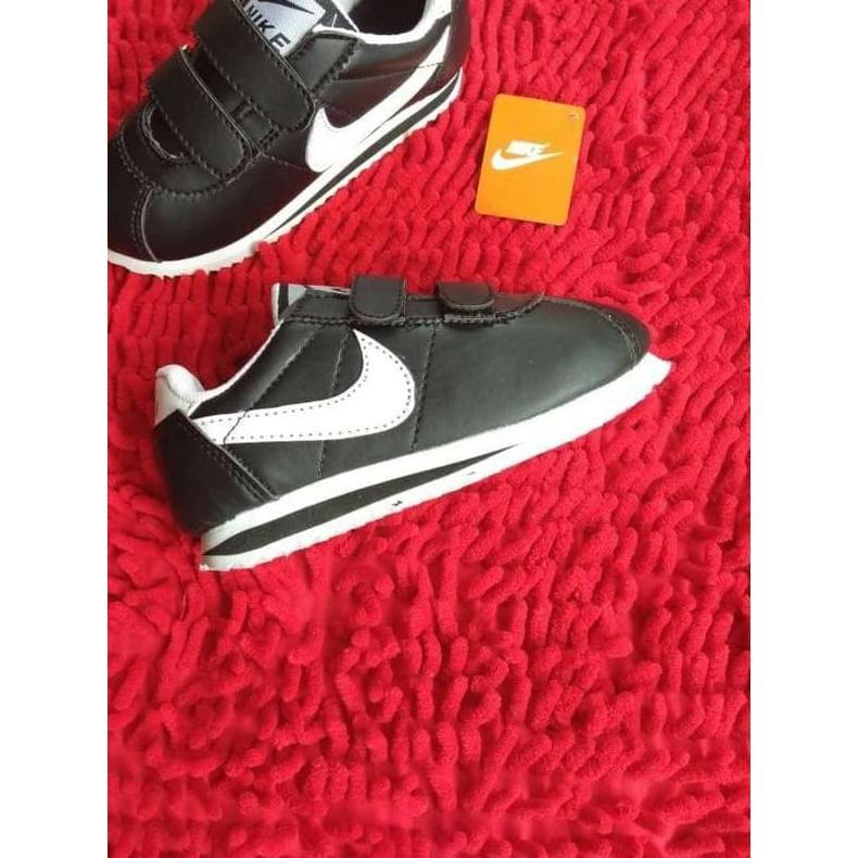 best sneakers d3708 94154 Perbandingan harga Terbaru Siap kirim..,. Sepatu Nike Cortez ...