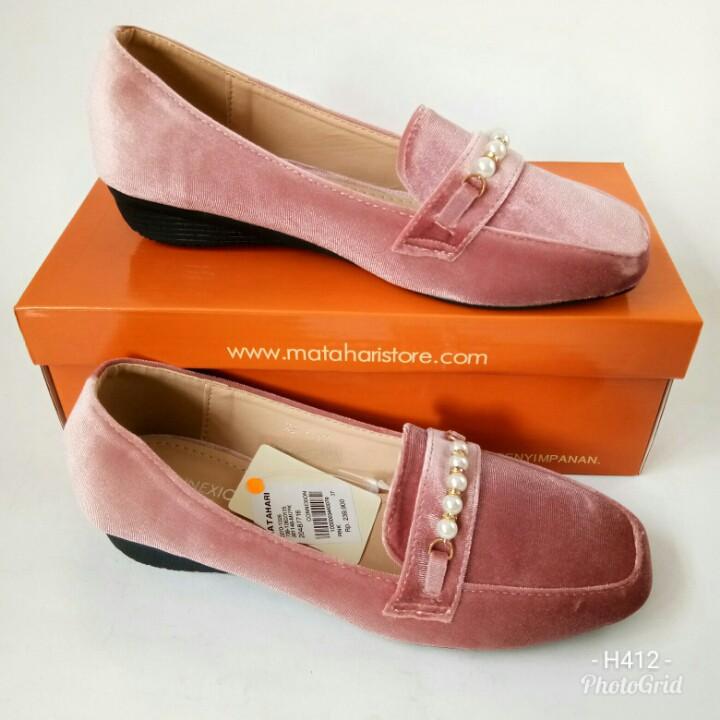 Sepatu Connexion MLF54HT803 sepatu flat  c73ff1338e