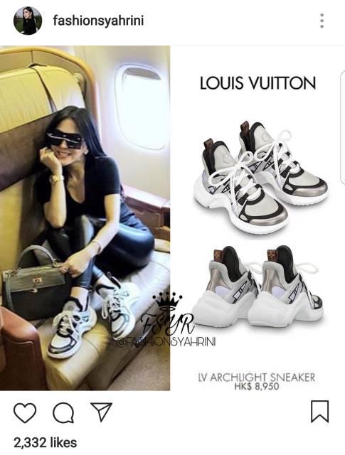 Sneakers Louis Vuitton Archlight Sneakers Sepatu Jalan Wanita PREMIUM  834621414d