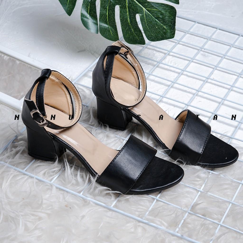 Belanja Online Sepatu Hak - Sepatu Wanita  6d56354cba