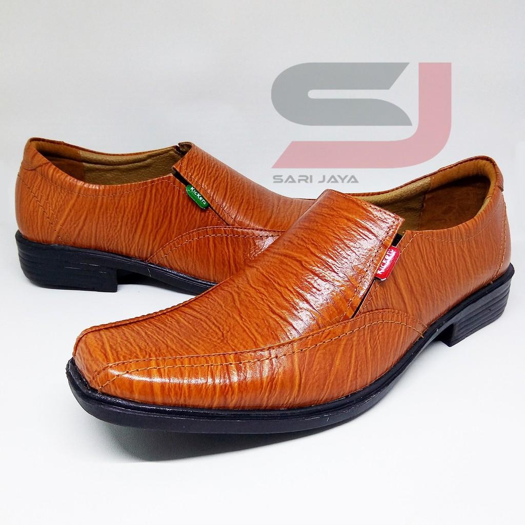 Sepatu kulit pria pantofel kerja semi boots fantopel formal pantopel dinas  resmi  cd4614a1c4
