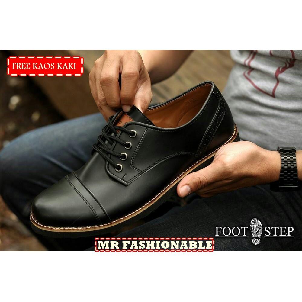 COSMO BLACK - Sepatu Pria Cowok Men Original Footstep Footwear + Gratis  Kaos Kaki  7846f7a2d0