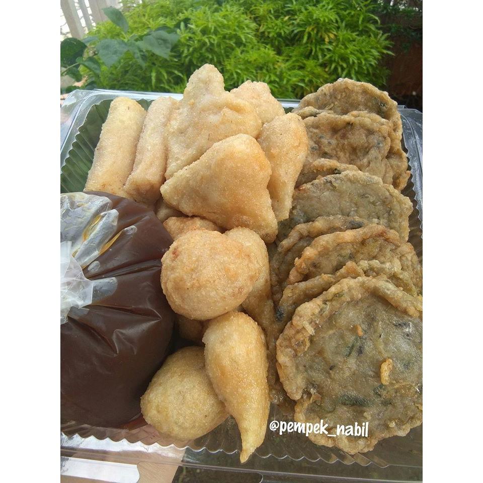 mpekmpek palembang / pempek palembang /pempek ikan tenggiri /pempek non MSG isi 25pcs   Shopee Indonesia