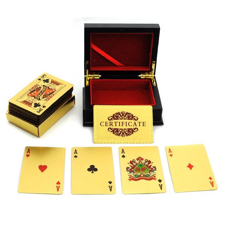 Kartu Remi Poker Eur Berlapis Emas 24k Dengan Kotak Kayu Dan Sertifikat Shopee Indonesia