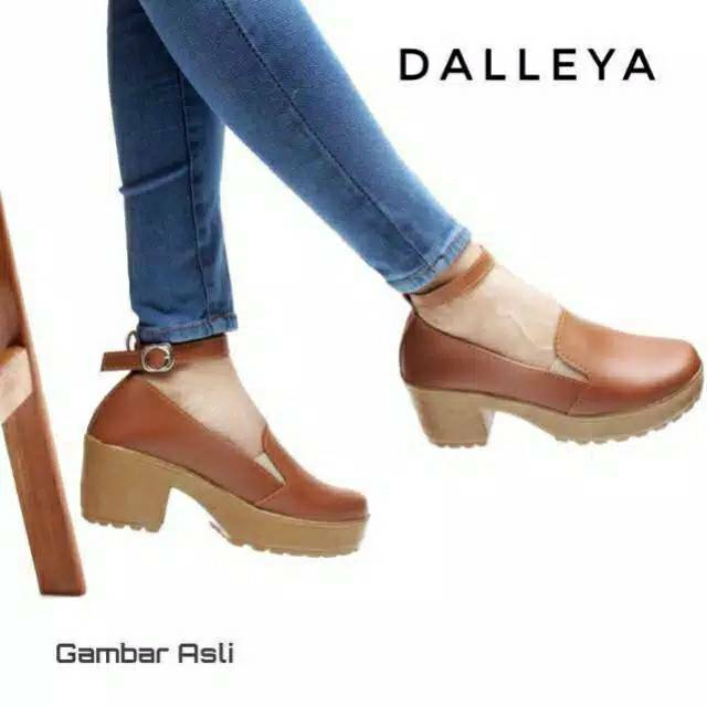 Dalleya TAMIYA -  sepatu boot heel wanita doctmart simple casual Trendy sporty