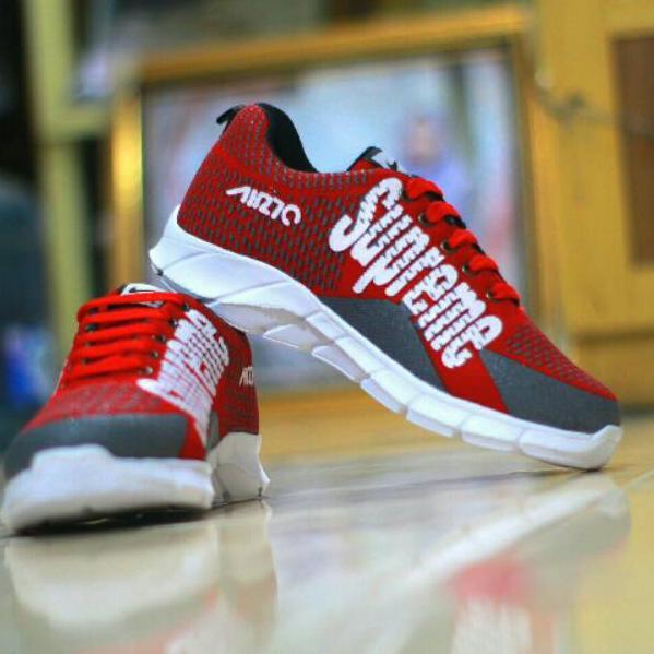 4d9197b63141a sepatu supreme - Temukan Harga dan Penawaran Sneakers Online Terbaik -  Sepatu Pria April 2019