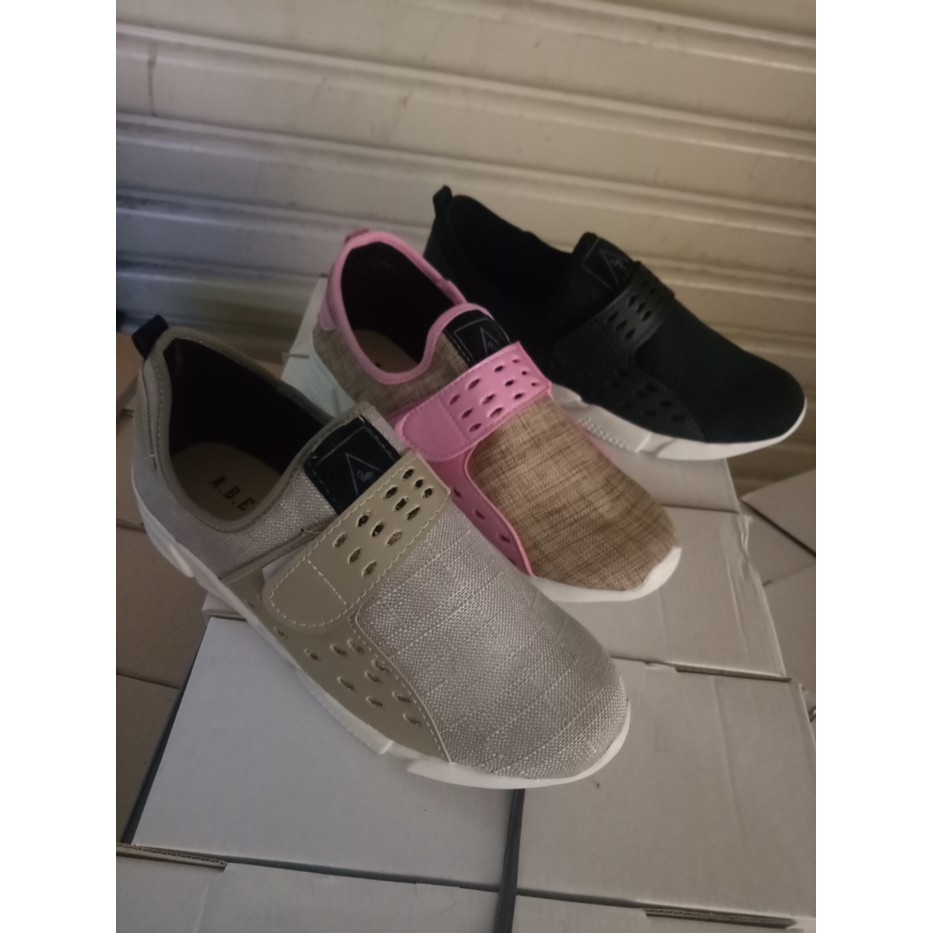 Promo Sepatu Kets Wanita Casual Santai M Hitam Tanpa Tali Jogging Flat Shoes Kerja Kanvas Lukis  Slipon Px Style Suster Lari Olahraga Sport Shopee Indonesia