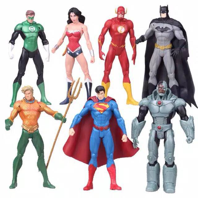 Justice League Superman Batman Flash Aquaman Green Lantern Wonder Woman Figures