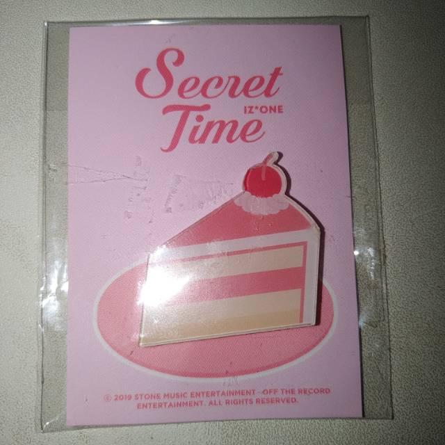 IZONE / IZ*ONE - SECRET TIME MAGNET