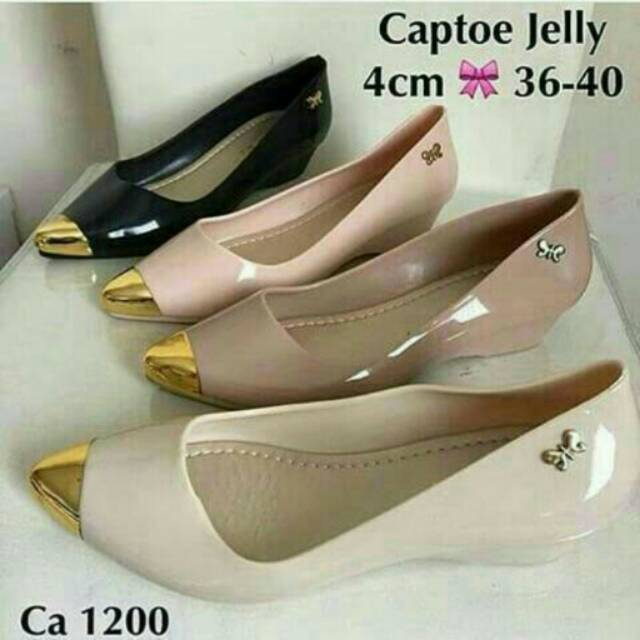 Jelly Shoes Wedges Gold / Sepatu C
