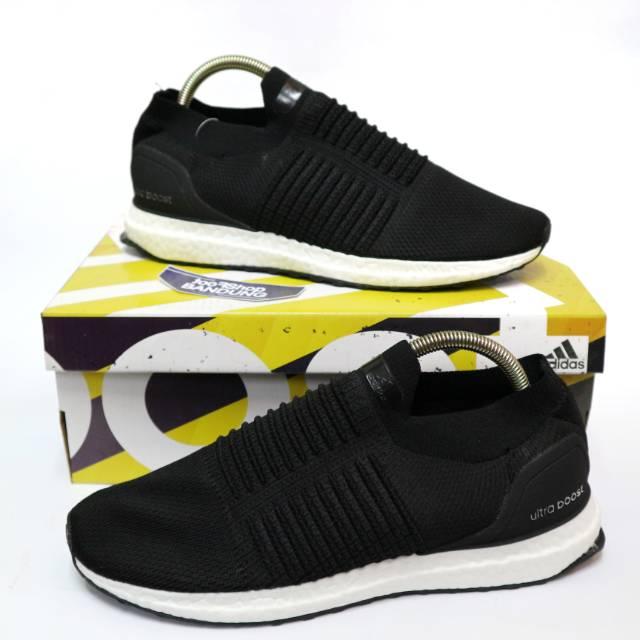 06591402cf837 Adidas Ultra Boost Laceless Triple Black Premium (Free tas sepatu ...