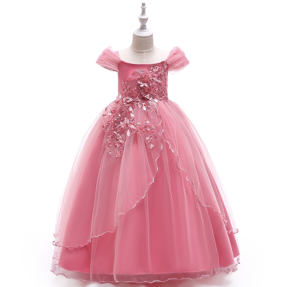Anak-anak Berjalan Menunjukkan Rok Gaun Pengantin Anak-anak Menggantung  Tali Bahu Gaun Layar Piano