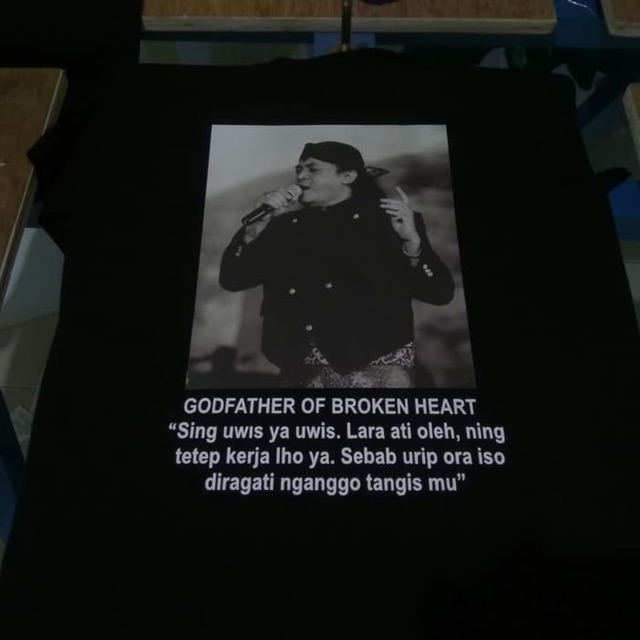 Kaos Didi Kempot Sobat Ambyar Kotak Lirik Baju Tshirt Cidro Sad