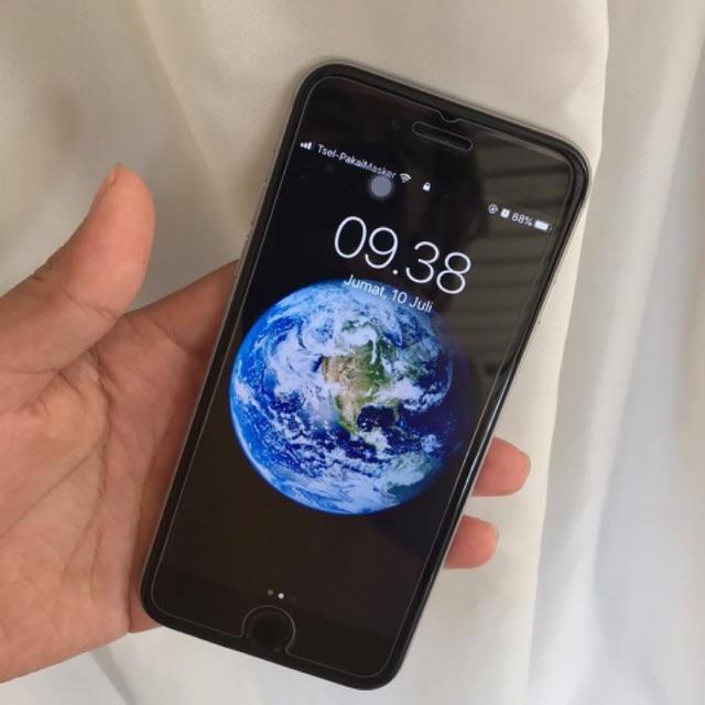 Apple iphone  6s.