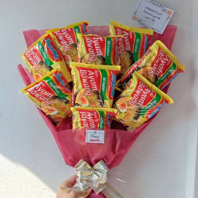 Buket Indomie Snack Bouquet Bucket Makanan Buket Wisuda