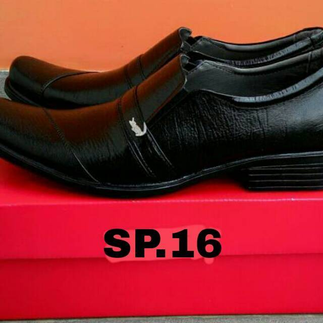 Sepatu Pantofel Kulit Sapi Asli Garut Pria Kantor  d3f245d806